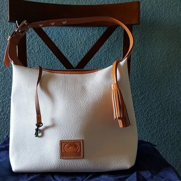 e7bbc5a5e Dooney & Bourke Handbags - Dooney & Bourke Patterson Leather Paige sac